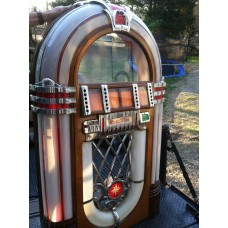 Wurlitzer 1015 Jukebox